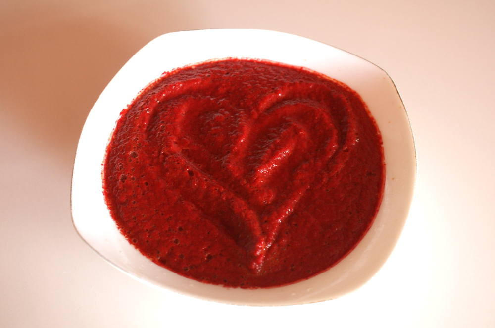 Raw Tomato Beet Carrot Soup
